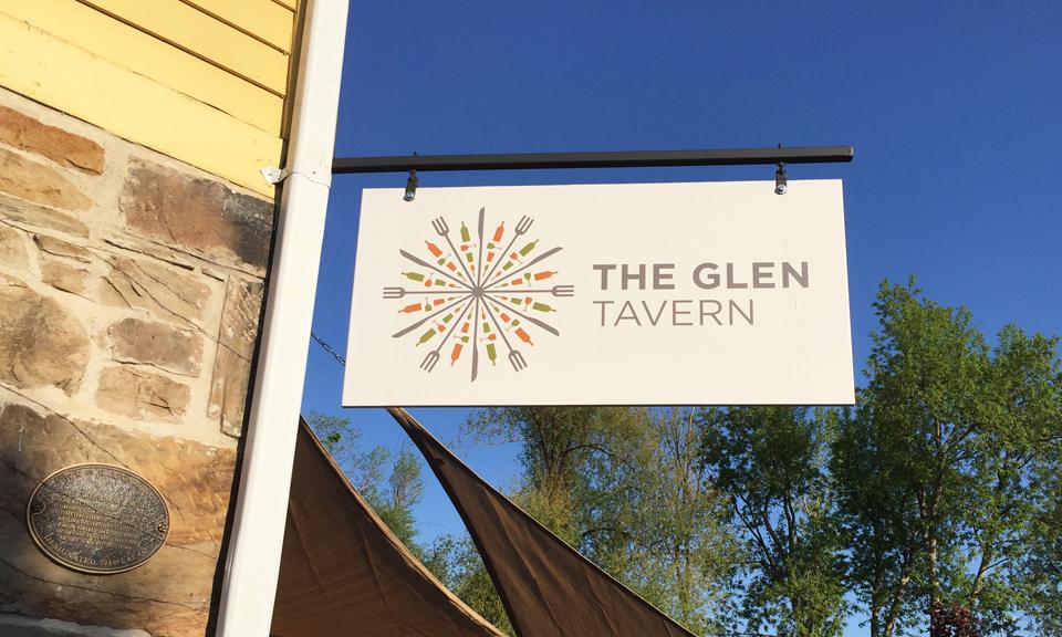 Glen Sign CROP
